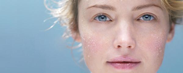 Imagen promocional de La Roche Posay sobre sus BB Cream