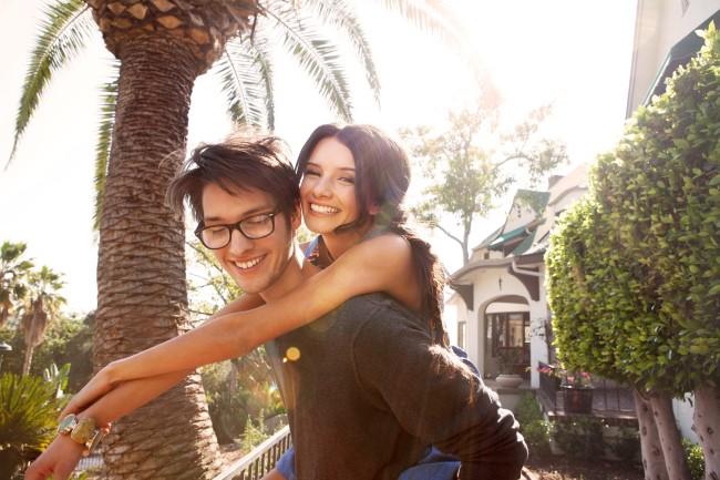 acido-hialuronico-pareja-feliz